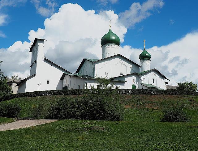 Псков, церковь (Pskov, church)