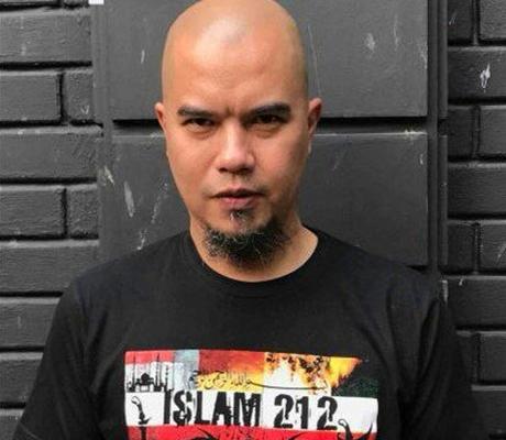 Ahmad Dhani Jualan Kaos Islam 212, Warganet: Kaos Islam Tapi Benangnya Impor dari China!!