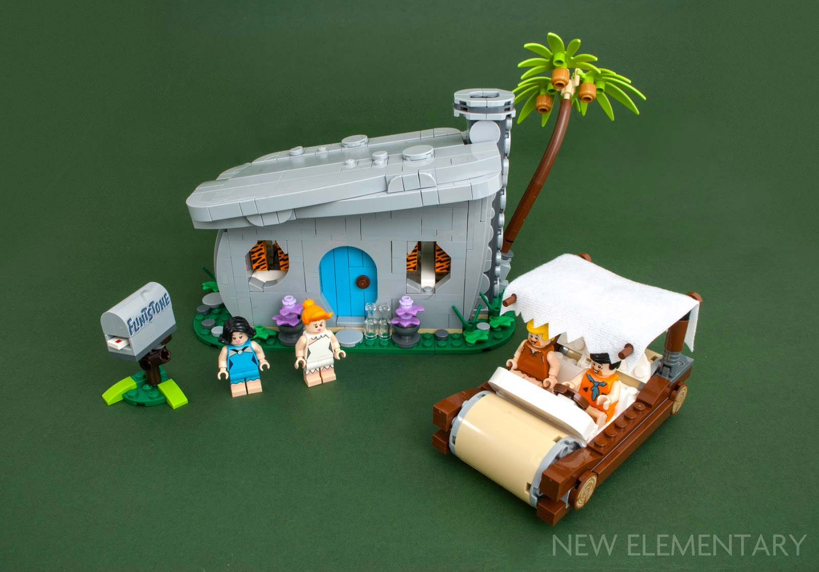 review-lego-set-21316-flintstones01covr.jpg