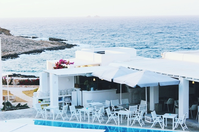 Paros hotel guide, best hotels on Paros island for vacation