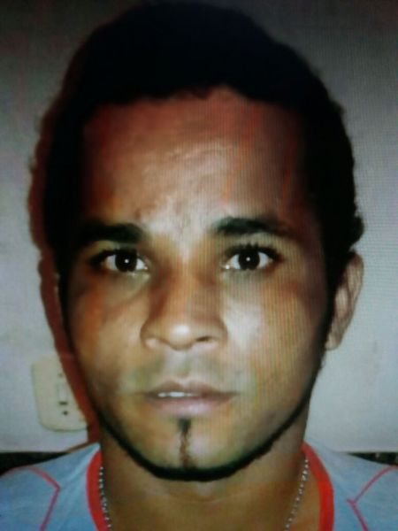 Dono de apartamento é morto por inquilino com 5 facadas mesmo revidando com foice em Ji-Paraná