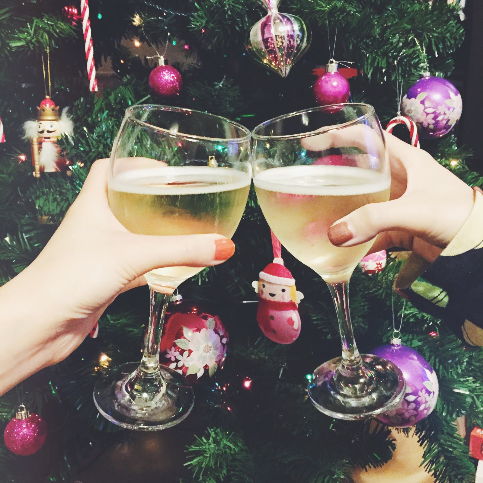 wine at christmas