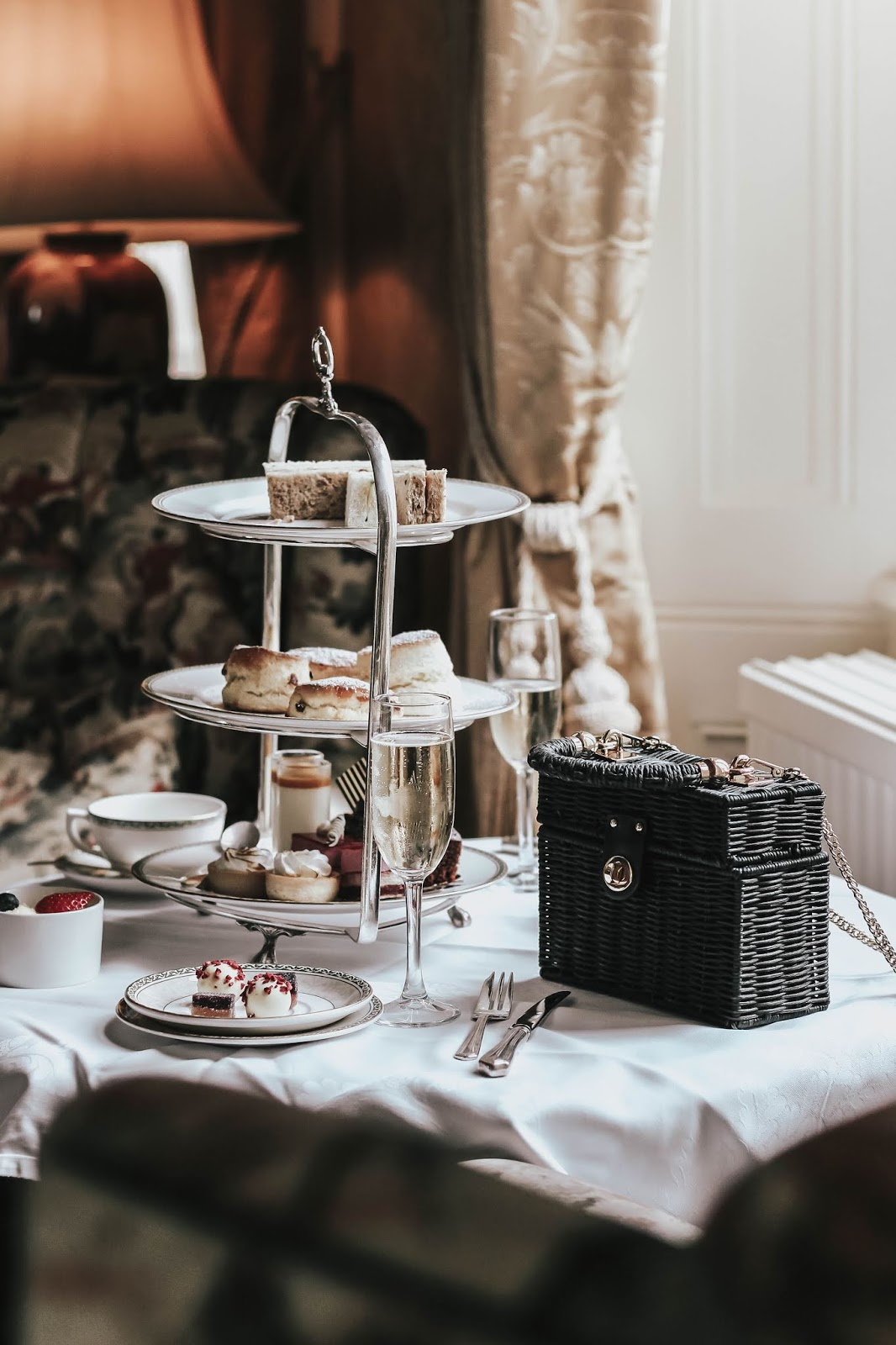 Prezzybox Voucher Ashdown Park Hotel Afternoon Tea Experience