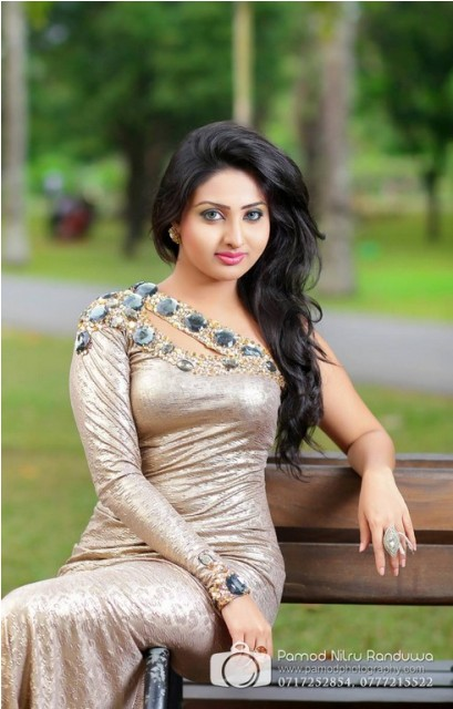 lankan actress Vinu Udani