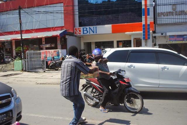 Pemuda Papua Galang Dana untuk Korban Gempa Aceh