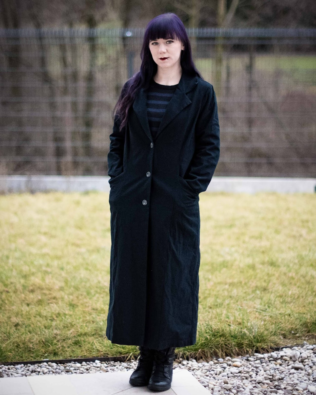 Minn's Things sewing By Hand London's Rumana Coat pattern diy gothic black winter clothes selfmade