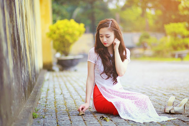 """""""Tan Chảy"""" Loạt ảnh gái xinh mặc áo dài cực duyên dáng"""