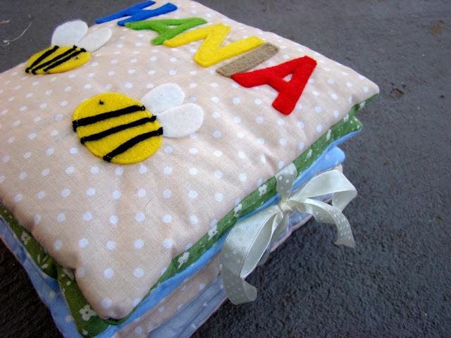 książeczka sensoryczna pszczółki