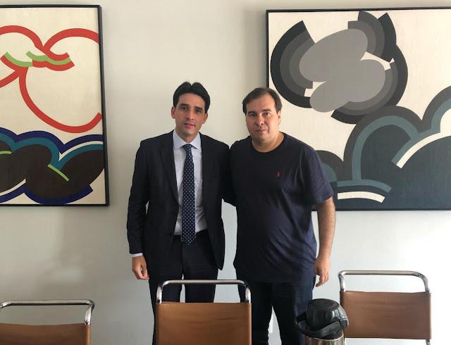 Silvio Costa Filho declara apoio à candidatura de Rodrigo Maia