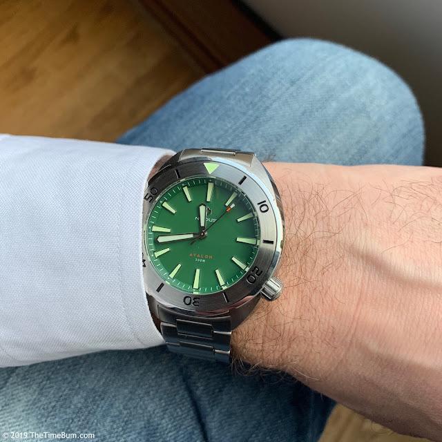 Nodus Avalon Clover Green wrist shot