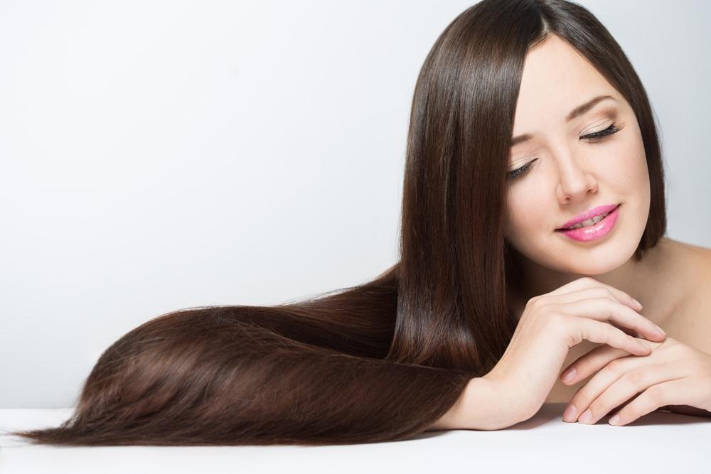 Cara menggunakan minyak kelapa dan jus lemon untuk memelihara rambut dan mengobati masalah rambut