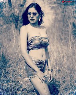 Tanu Priya Beautiful Gujju Model in Bikini Stunning HQ HD Desi Bikini Pics .xyz Exclusive Pics 005