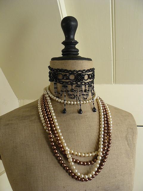 5 Diy Vintage Jewelry Display Ideas Nile Corp Blog