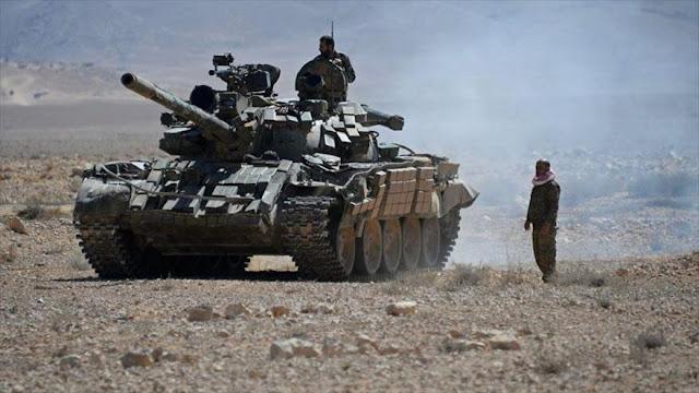 Ejército sirio cerca a los terroristas en una zona próxima a Israel
