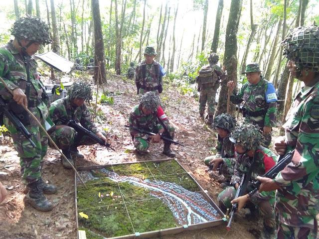 Prajurit Yonif 133/YS, Melaksanakan Carsih di Hutan Sawah Paek Bayang