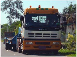 Sewa Rental Trailer Truck Surabaya
