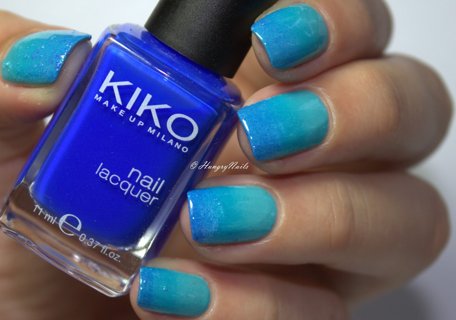 http://hungrynails.blogspot.de/2016/09/blue-friday-sepzial-gradient-nails.html