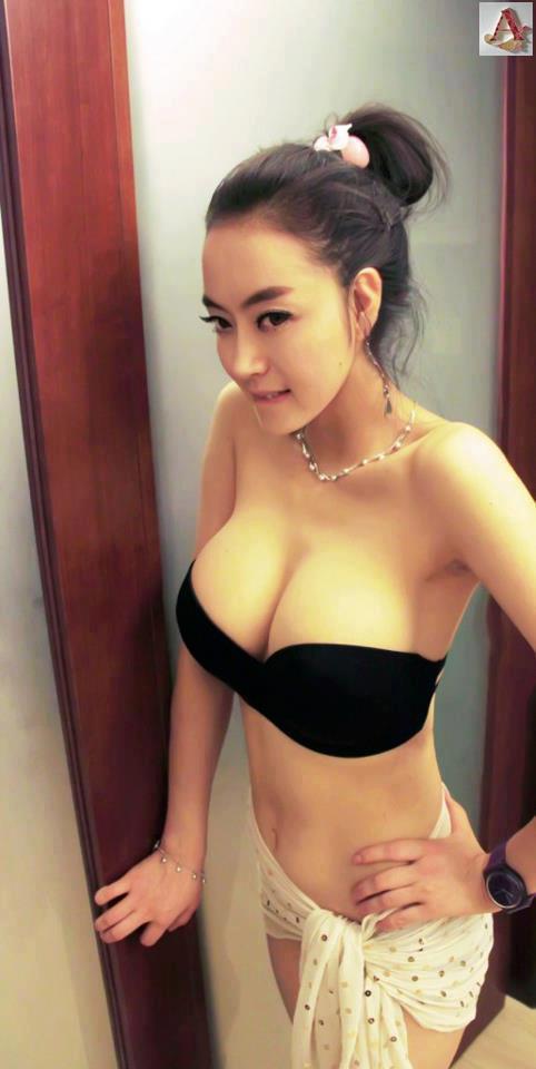 Sexy Thai Woman 97
