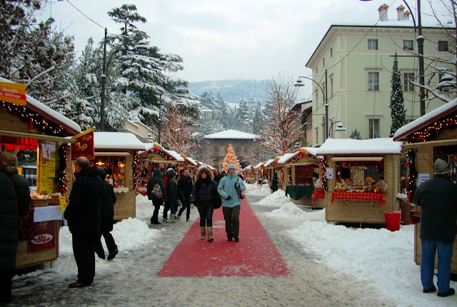 Mercantino di Natale or Italy's version of the Christmas Market in Rovereto, Italy. Photo: WikiMedia.org.