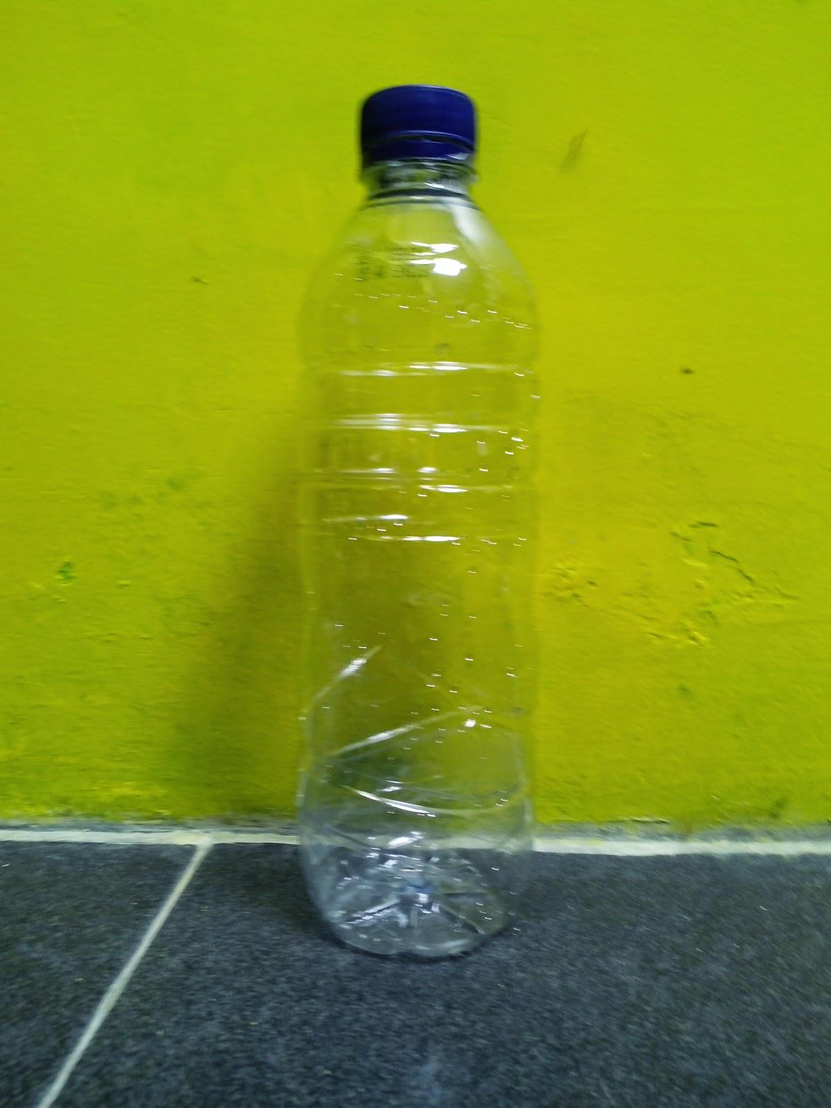 Menanam Sayuran Hidroponik Menggunakan Botol Minuman Bekas
