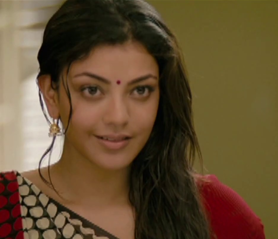Kajal Aggarwal Cute In Desi Dress From Special 26