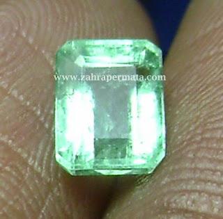 Batu Permata Jamrud Columbia - ZP 432