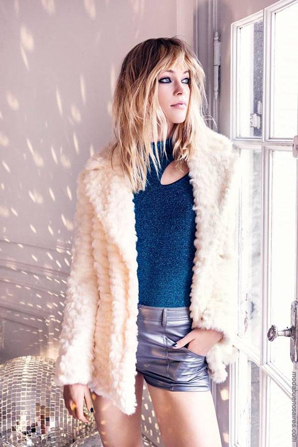 Moda otoño invierno 2018 abrigos, blusas y minishorts. Moda mujer otoño invierno 2018.