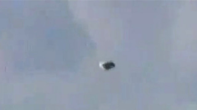 Really convincing UFO footage caught on camera over Denver.