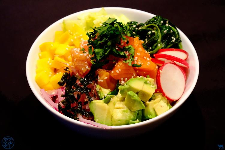 Le Chameau Bleu - Blog Cuisine et Voyage  - Recette hawaiienne du Poke Bowl au saumon teriyaki