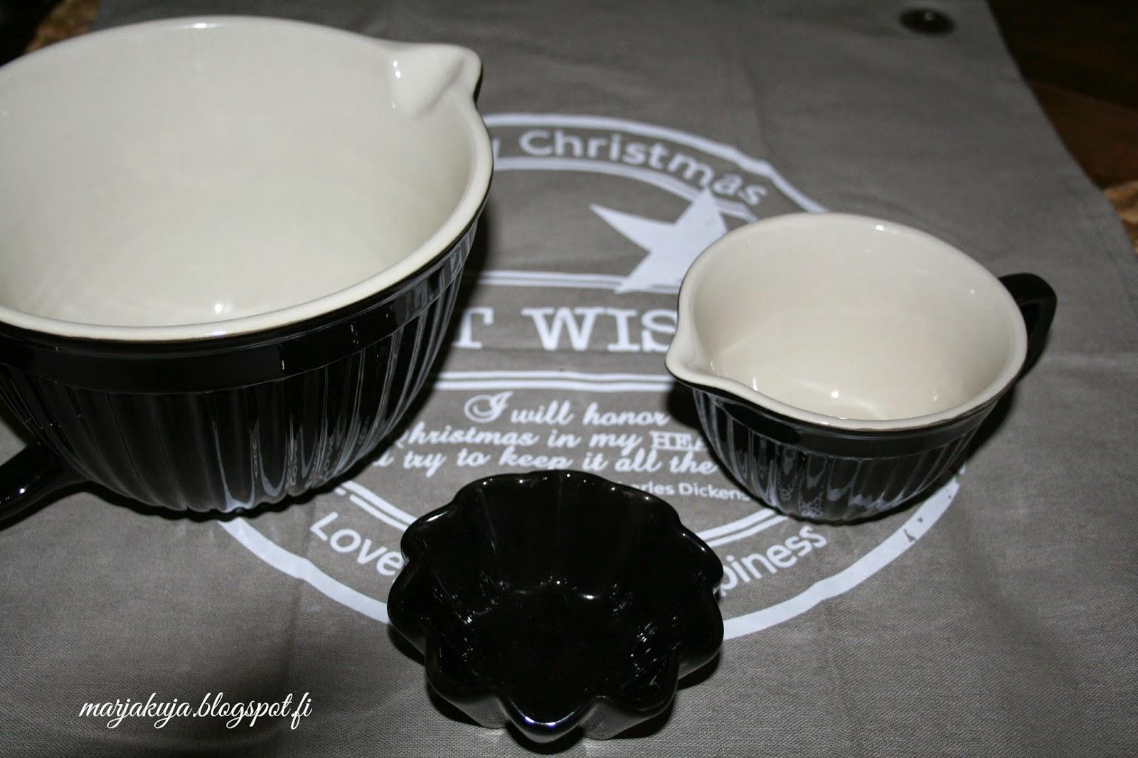 Lb Laursen keraamiset kulhot ja harmaa keittiö pyyhe