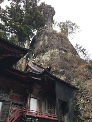 榛名神社 御姿岩