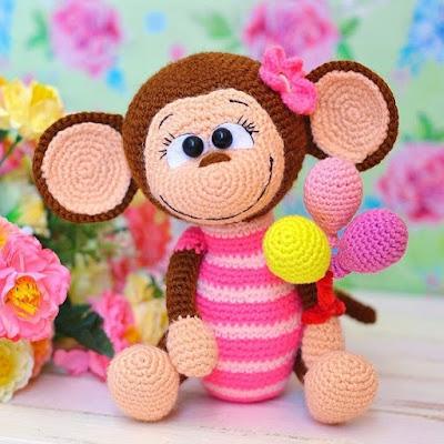 Вязаная обезьянка амигуруми