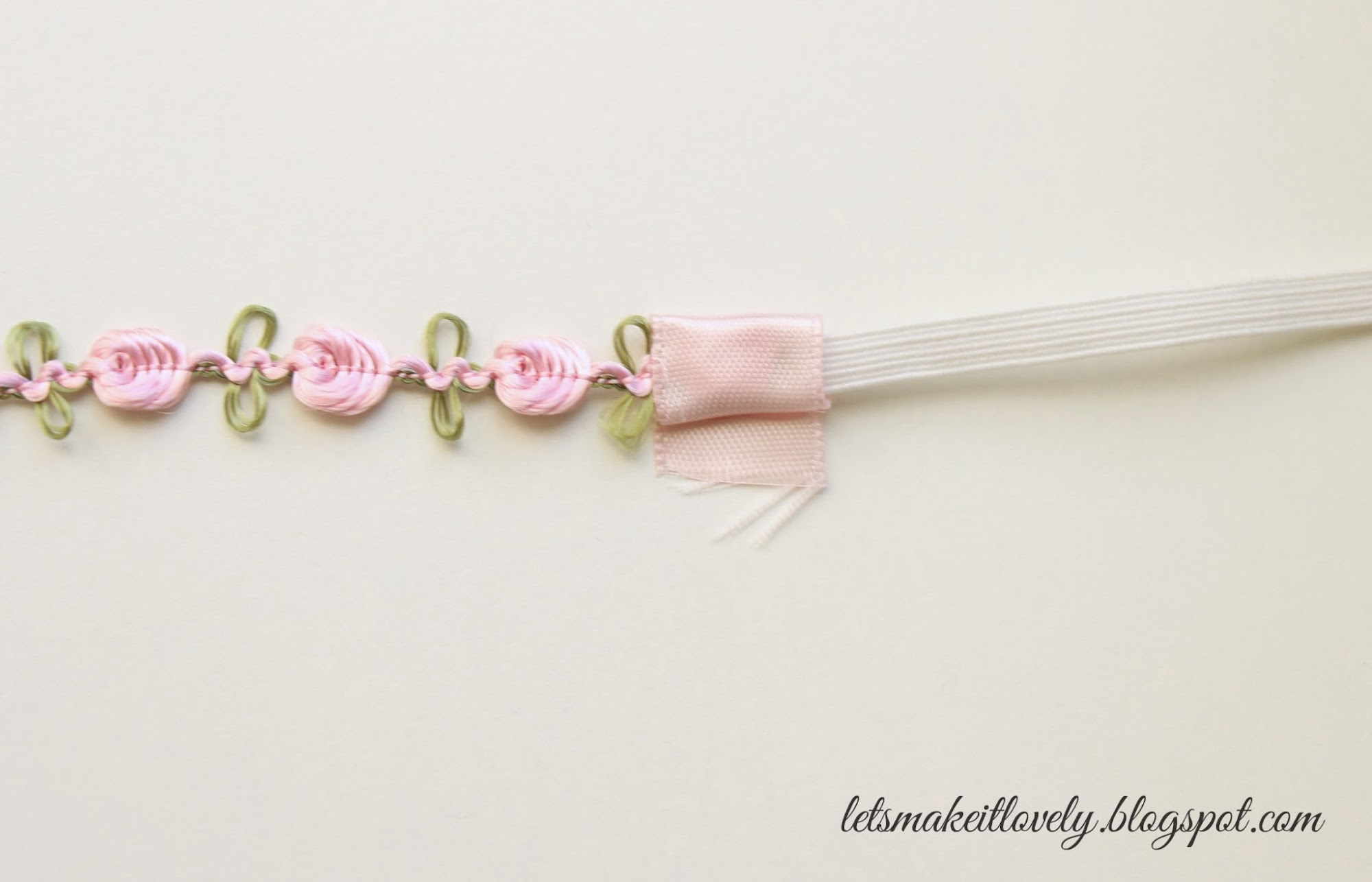 DIY Baby Head Bands. DIY Newborn Head Bands. DIY Simple Hair Accessories.Handmade gift ideas for Baby Girl. Handmade Baby Shower gift ideas.
