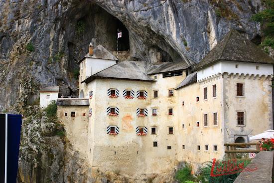 Detalles del castillo de Predjama