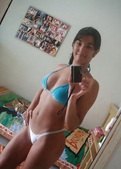 Mujer de limpieza desnuda y yo masturbandome parte 1 - 3 part 7
