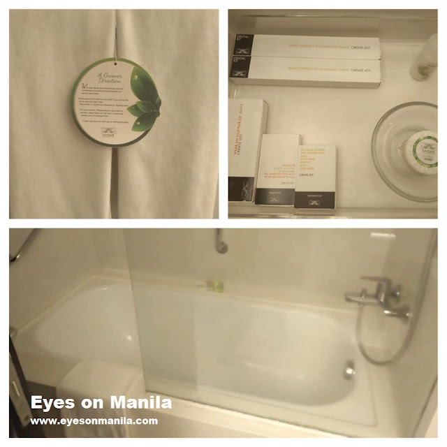 Midas Hotel Deluxe Room (Bathroom)