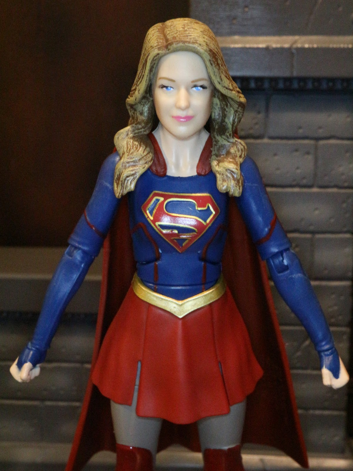 action figure barbecue action figure review supergirl from dc comics multiverse supergirl tv. Black Bedroom Furniture Sets. Home Design Ideas