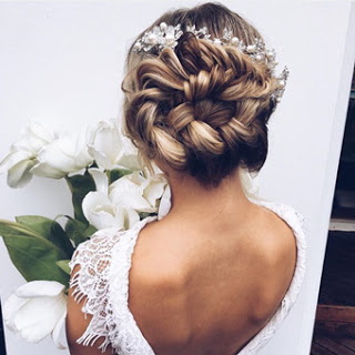 Twisting Curl Updo Bridal Hairstyles 2019 A Lovable Bridal Wedding