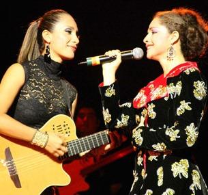 Foto de Victoria de Ayacucho con Dámaris
