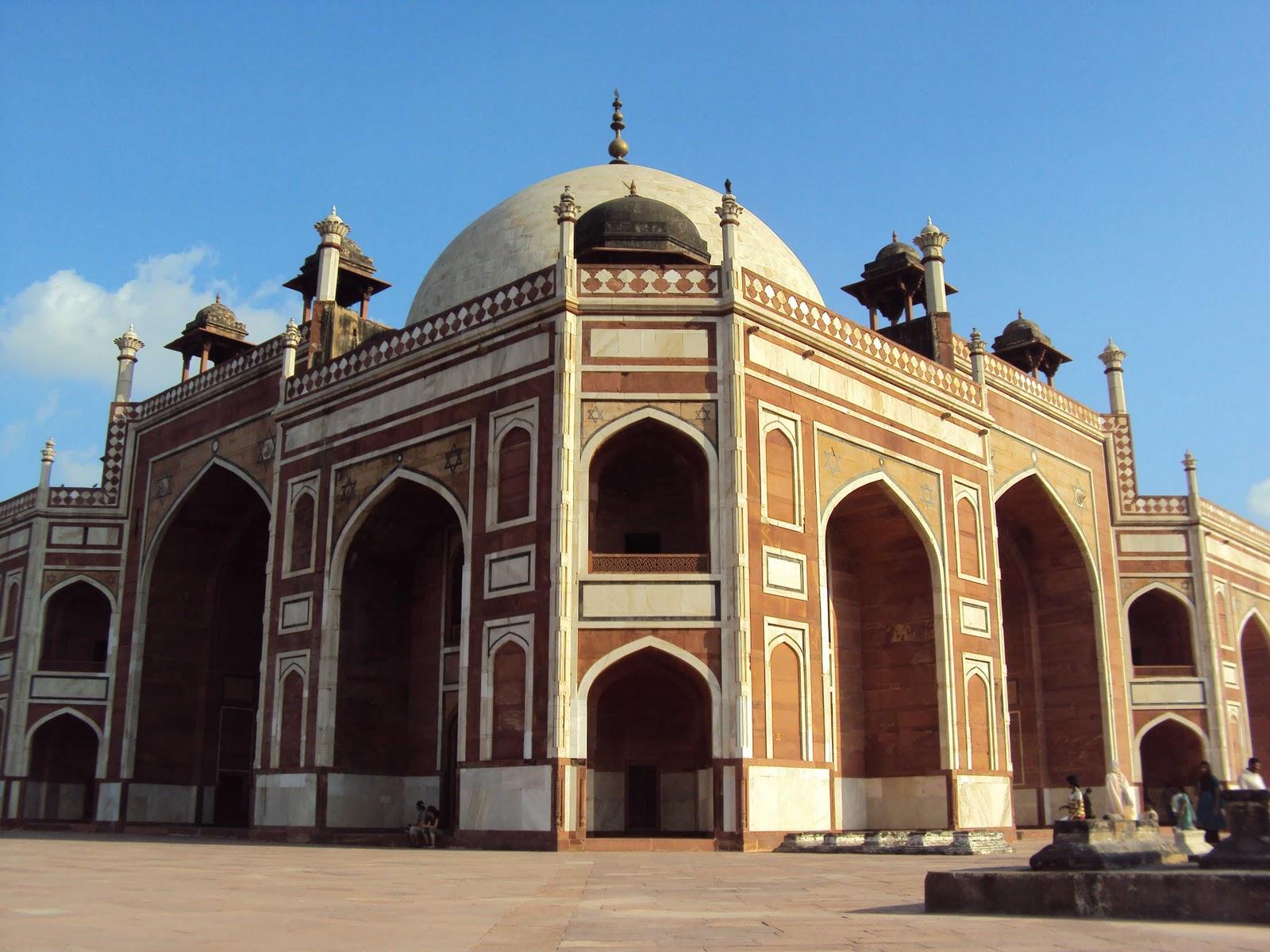 ARCHITECTURE STUDENT'S CORNER HUMAYUN'S TOMB DELHI