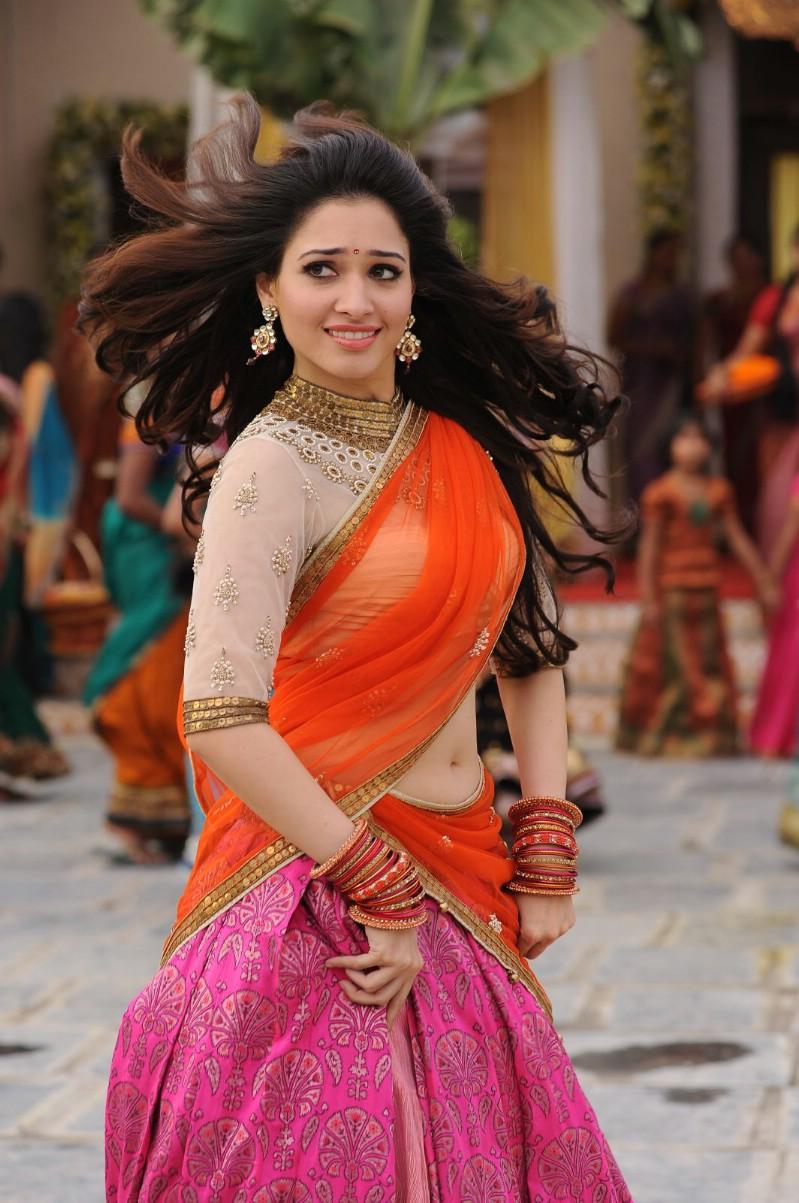 Tamanna Latest Navel Show Stills In Half Pink Saree