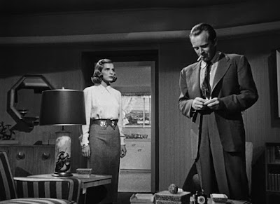 Lizabeth Scott, Arthur Kennedy - Too Late for Tears (1949)