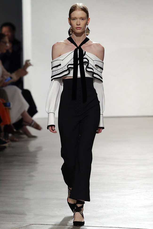 Proenza Schouler 2016 SS Cropped Halter Top In White Viscose Silk With Black Trim on Runway