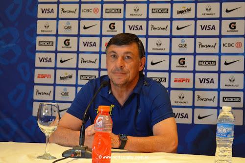 Conferencia de prensa de Daniel Hourcade en Salta