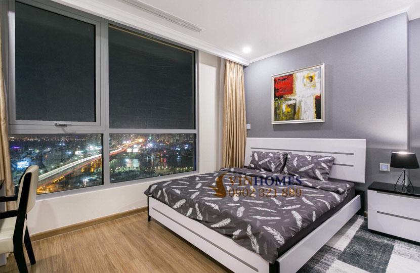 Vinhomes L6 cho thuê căn hộ 155m2 tầng cao 4PN | giường ngủ cạnh cửa kính lớn
