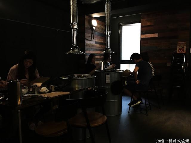 IMG 4223 - 【台中美食】好想念韓國的燒肉啊!!!『一桶韓式燒烤』讓你重溫韓國燒肉的舊夢阿!!!@一桶@韓式燒烤@油桶燒烤@烤蛋@起司@五花肉