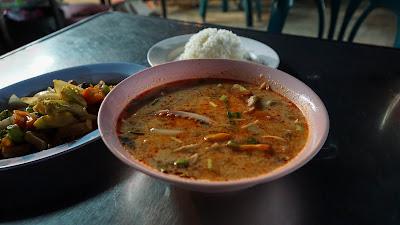 Dinner at Chang Puak Gate