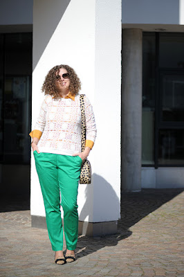 http://seaofteal.blogspot.de/2015/09/colorful-fall-kellygreen-mustard-lace.html