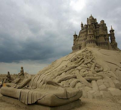 Castillo de arena monumental