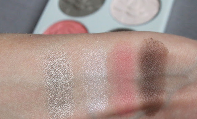 eyeshadow swatch Chantecaille Le Magnolia Eye and Cheek Palette